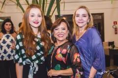 Larissa Fujita, Rita Cruz e Sandra Fujita