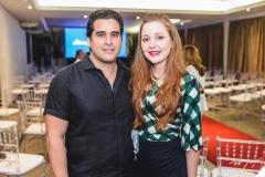 Rodrigo Furtado e Larissa Fujita