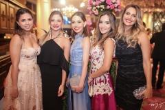 Gabriela Vasconcelos, Jaina Moura, Natasha Dias Branco, Maria Braz e Mariana Romagina