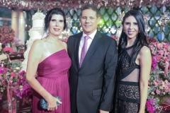 Rossane, Marcos e Natália Medeiros