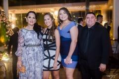Lana, Manuele e Marília Santiago e Raul Lima