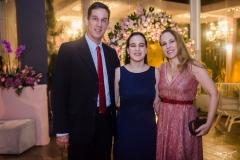 Tom, Malu e Roberta Prado