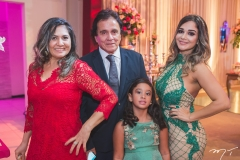 Ana Célia Vasconcelos, Aymar Rodrigues, Lara Rabelo e Carol Rabelo
