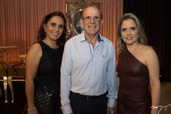 Luana e Eudes Bastos e Danielle Luz