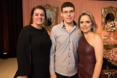 Silvana e Arthur Bezerra e Danielle Luz