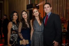 Ivoneide Fernandes, Nicole Muniz, Carolina Muniz e Bruno Maia