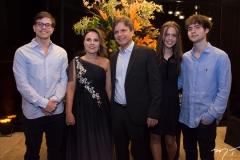 Diego e Gyna Machado, André Jucá, Lina e André Machado