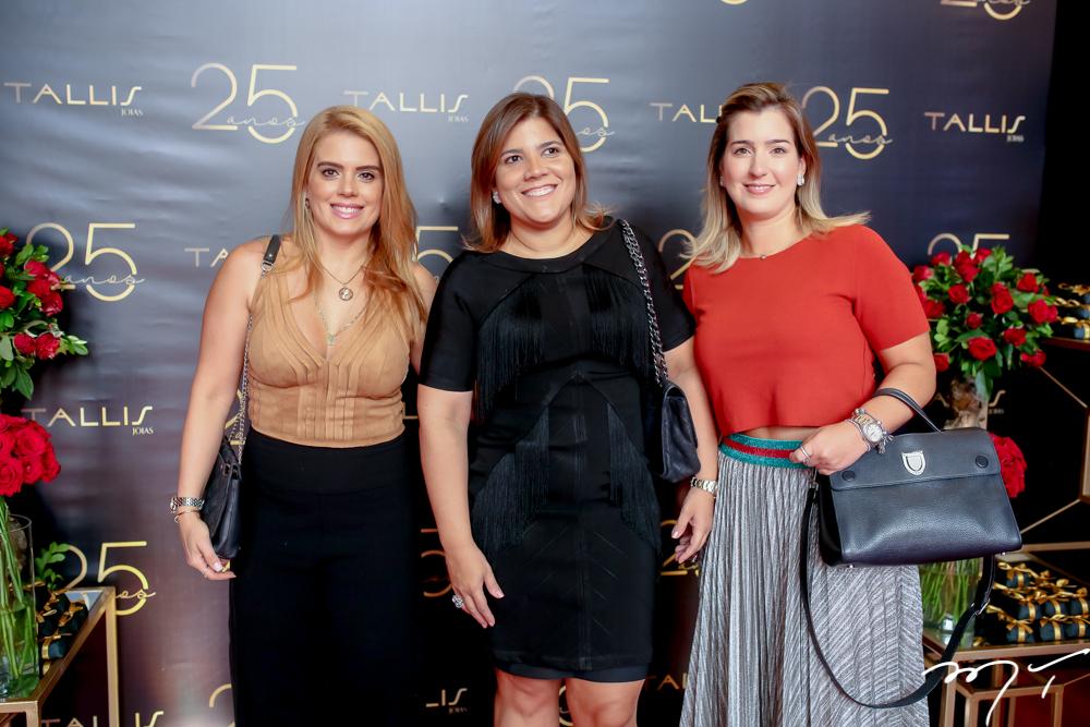Letícia Studart, Gisela e Andréa Vieira