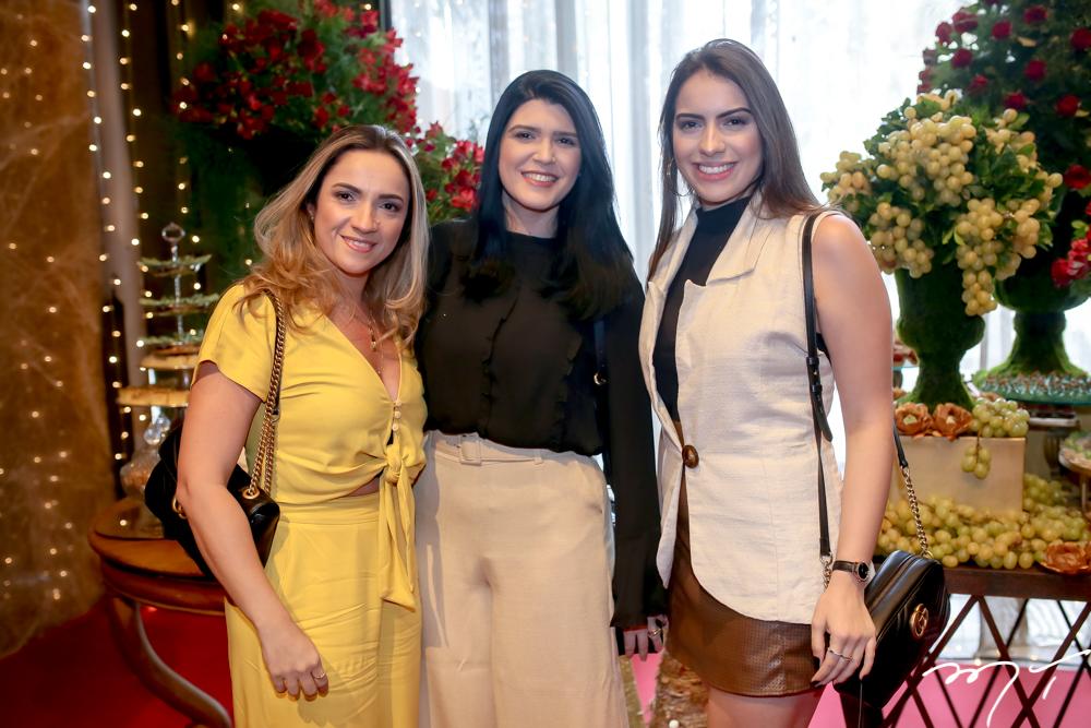 Melissa Campos, Adigelcia Fernandes e Gabriele Campos