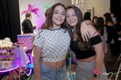 Amanda Patrício e Nicole Amaro