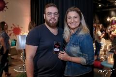 Nicolas Martins e Karina Bezerra