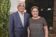 Assis e Meriane Machado