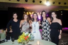 Débora Morais, Mariana Macedo, Bárbara Rodrigues, Carla Veloso e Paula Vieira