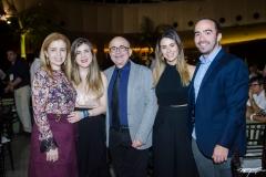 Simone, Bárbara, Leiria de Andrade, Rebeca Couto e Luis Andrade