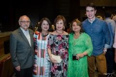 Ednilton e Lenia Soarez, Tane Albuquerque, Maria Vital e André Albuquerque (1)