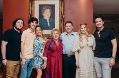 Luciano, Luca, Consuelo, Ivens Júnior, Morgana e Ivens Neto Dias Branco