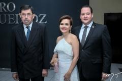Raimundo Bezerra Falcão, Julia e Caio Falcão