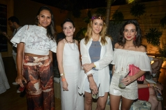 Francisca Macedo, Vania Goy, Camila Garcia e Olivia Nicoletti