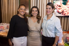 Michele Ribeiro, Márcia Travessoni e Juliana de Castro