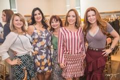 Silvana Guimarães, Izabeli Leitão, Christiane Leite, Ana Paula Daud e Cláudia Quental