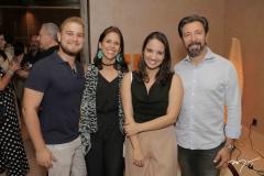 Arthur Bonavides, Cibele Parreiras, Mirella Barbosa E Carlos Otávio