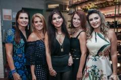 Lorena Pouchain, Leticia Studart, Zildinha Pessoa, Suzane Farias e Jaqueline Maia