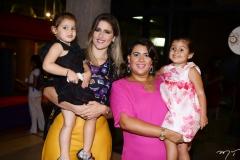 Athina, Rebeca, Miriam e Louise Bastos