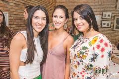 Lizandra Fujita, Ana Carolina Bichucher e Natália Falcão