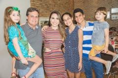 Maria Paula Miranda, Paulo Miranda, Rebeca Rios, Mariana Miranda, Maurício Oliveira e Paulo Miranda Filho