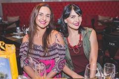 Larissa Aguiar e Luciana Carvalho