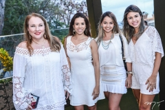 Luiziane Cavalcante, Erica Barros, Sabrina Oliveira e Mirela Sa