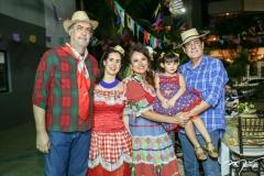 Hugo e Valéria Granjeiro, Ana Luiza, Celina e Urbano Costa Lima