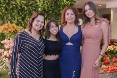 Amélia e Carol Brandão, Cláudia e Bia Gradvohl