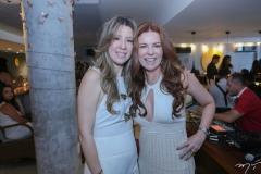 Lara Fujita e Cláudia Quental