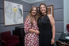 Martinha Assunção e Cláudia Gradvohl.