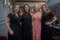 Suyane Dias Branco, Cláudia Gradvohl, Andreia Delfino e Michelle Aragão.
