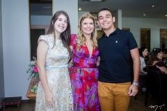 Livia e Danielle Pinheiro e João Vitor