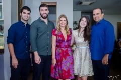 Victor, Igor, Danielle, Livia e Valdísio Pinheiro