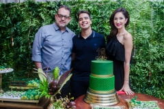André, Davi Teixeira e Sarah Ararápe