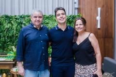 Roberto, Davi Teixeira e Jaqueline Teixeira