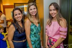 Kizzer Magi, Camila Mota E Rafaela Ximenes