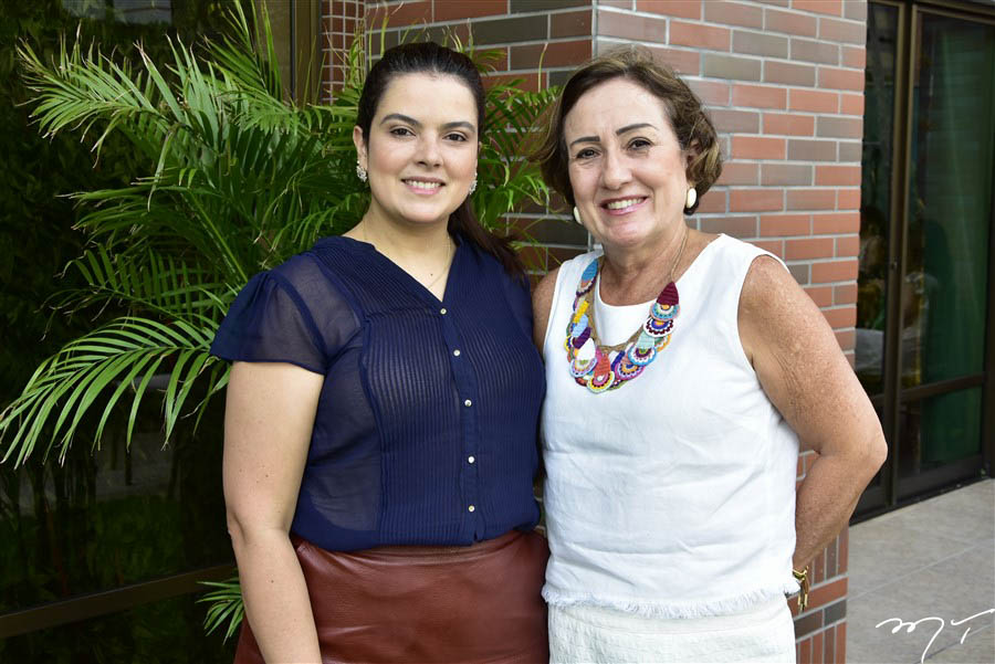Cecília e Teresa Arruda