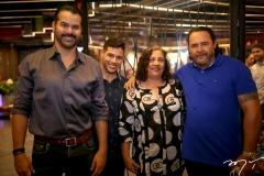 Gerson Munayer, Mateus Bezerra, Monica e Renata Pereira