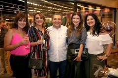 Raquel Xaib, Katinha Rodrigues, Roberto Dias, Adelina Feitosa e Luciana Mota