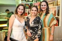 Cristiane Carneiro, Adriana Queiroz e Adriana Miranda