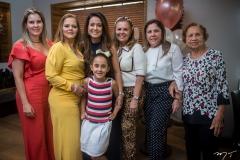 Adriana Loureiro, Teca Leitão, Claudiana, Letícia e Lucília Loureiro, Virgínia Morais e Conceição Loureiro