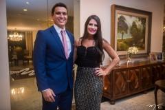 Daniel Ayres e Mayara Rios