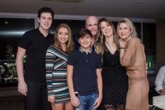 Eugênio Fujita, Sarah Bringel, Alvaro Fujita, Luiz Eugênio Pequeno, Lara Fujita e Camille Cidrão