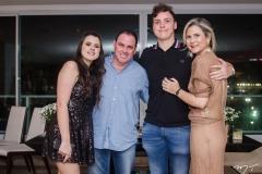 Letícia, Marcelo, Luiz e Camille Cidrão