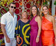 Mariana Mota e família